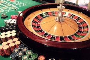 o0640048014282754248 300x200 - 連勝や勝っている時に使うルーレットの攻略・必勝法と資金管理(マネーマージメント)