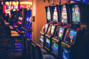 iStock 883608066 300x200 - ベラジョンカジノの勝ち方を伝授!オンラインカジノで稼ぐための賭け方、必勝攻略法を紹介