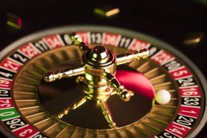shutterstock 67433605 800x533 1 300x200 - オンラインカジノのルーレット攻略に必要な4つの基本戦略